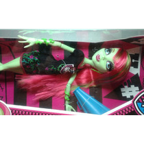 Boneca Venus Mcflytrap Torcida Monster High Ghoul Spirit