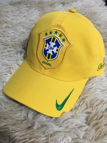 70bc263659 Boné Nike Seleção Brasileira Micro Fibra - R  21 en Melinterest