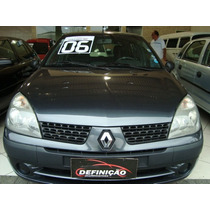 Clio Hatch 2006 1.0 Flex, 4 Portas