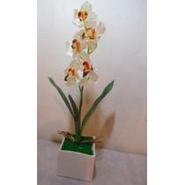 Arranjo Orquídea Branco Vaso Quadrado Branco