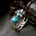 Bracelete Banhado A Ouro Com  Pedra