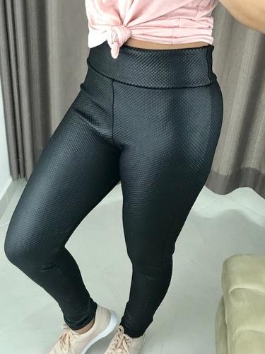 3127bdb33a São Paulo. R  45. 5 vendidos. Calça Legging Com Textura Cós Alto Leg