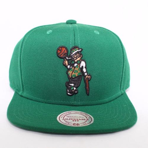e80035d43bafc Boné Mitchell   Ness Aba Reta Celtics Verde 18906