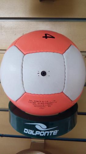 Bola De Futebol De Campo Em Couro - Antiga relíquia Dalponte 112bc6b11ea54