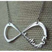 Colar One Direction - Directioner -símbolo Infinito Prateado
