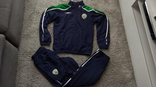 Agasalho Completo Oficial Umbro Seleção Irlanda Do Sul Eire 65fe7af3f8460