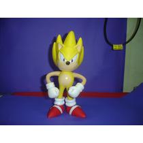 Boneco Sonic Amarelo 26 Cm De Altura