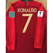 a8a0c95b13 Camisas de Futebol Camisas de Seleções Masculina Portugal com os ...