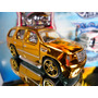 Hot Wheels Chevy '07 Cadillac Escalade Gold 54/2007 Lacrado