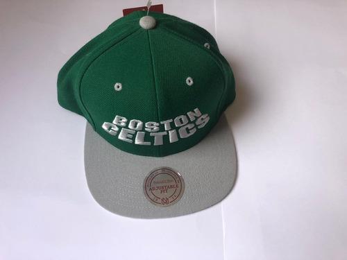Boné Mitchell Ness Nba Boston Celtics Snap Back 75fa6bf3c59