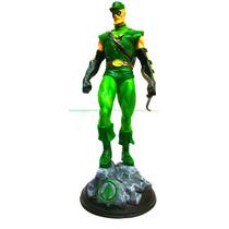 Estátueta De Resina Oliver Queen Arqueiro Verde - Arrow 41cm