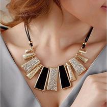 Colar Feminino Fashion Dourado E Preto
