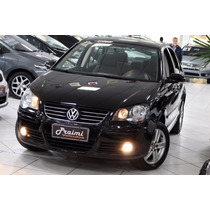 Volkswagen Polo Sedan 1.6 8v Flex Comfortline I-motion 2011