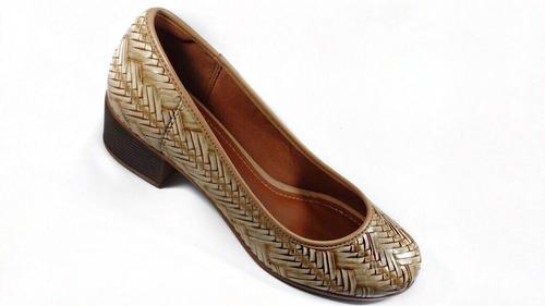 8a06d41dd5 Sapato Scarpin Feminino Azaleia Salto Baixo Quadrado