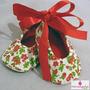 Sapato Para Menina Em Tecido Florido Vermelho E Branco