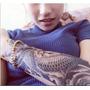 1 Tatuagem Temporária 17x11cm Carpa Oriental Nº 6
