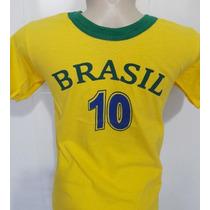 Camisas de Futebol Camisas de Seleções Infantis Brasil com os ... cd485753a8231
