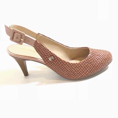 7b1ee5c2f9 Sapato Bottero Em Couro Coleção Verão 2019 Número 35