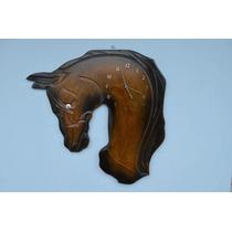 Relógio De Parade Em Madeira Em Forma De Cabeça De Cavalo