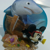 Enfeite Para Aquário Mickey Mergulhador Com Tubarão