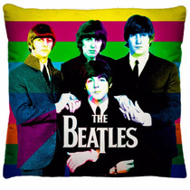 Almofada Beatles 40x40cm Fibra Siliconizada