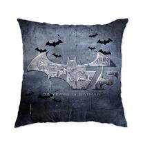 Almofada Oficial Batman 75 Anos Logo - Bandup!