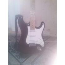 Guitarra Semi Nova Em Otimo Estado