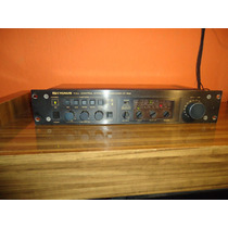 Pré Amplificador Cygnus Modelo Cp-1800