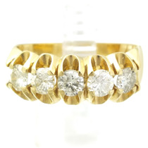 Meia Aliança Com 1 Quilate De Brilhantes Em Ouro 18k J7970