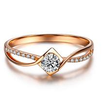 Anel Solitário Em Ouro 18 Quilate E Diamante De 15 Pontos