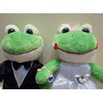 Casal Sapo Noivo E Noiva Pelúcia P/ Buquê Casamento 42 Cm