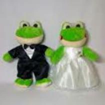 Casal Sapo Noivo E Noiva Pelúcia 23 Cm Casamentos