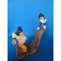 Boneco Gashapon Dragon Ball- Goku Vs Vegeta Battle