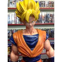 Estatua De Resina Do Dragon Ball Goku 43cm Ótimo Preço