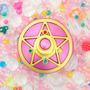 Broche Sailor Moon R - Edição 20° Aniversário