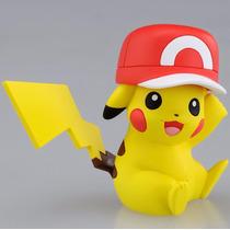 Pokémon Xy Pikachu Com Boné Mc 069 - Takara Tomy