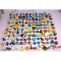 Pokemons 20 Miniaturas + Pokebola Pokemon Pikachu Charizard