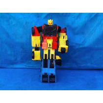 Robô Antigo Transformer Amarelo Vermelho Azul No Estado