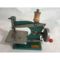 Maquina De Costura De Brinquedo Lata Anos 60
