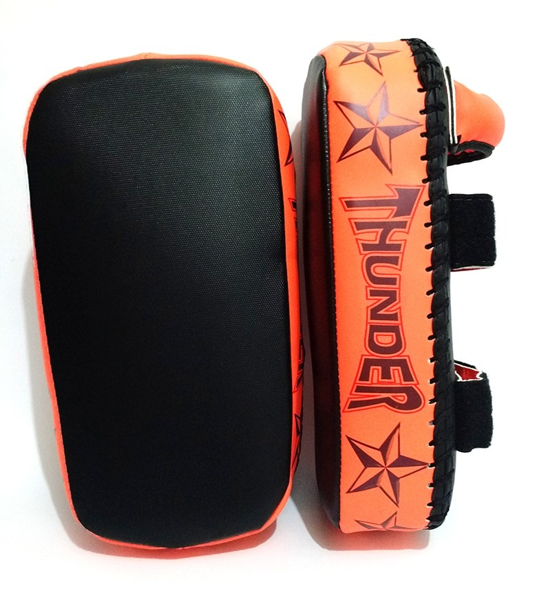 Aparador De Chute Pao Thai Pad Thunder Fight R$ 159,90 no MercadoLivre