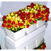 Arranjo De Flores Artificiais Base E Vaso Em Madeira 24x15cm