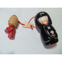 Kit C/ 2 Bonecas Japonesas Madeira E Porcelana Imp. Do Japão