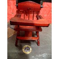 Miniatura Cadeirao Bebe De Madeira Casa De Bonecas