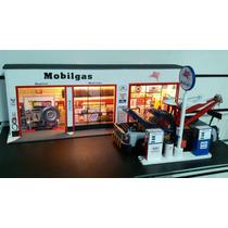 Lindo Diorama 1/18 Posto De Gasolina Mobil - Maxgp Hobbies