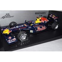 1:18 Minichamps Red Bull Renault Rb7 Vettel Japan Gp 2011