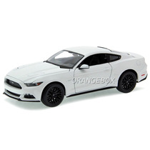 Ford Mustang Gt 5.0 2015 Maisto 1:18 31197-118-branco
