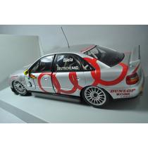 Audi A4 Biela Touring Car World Champion 95