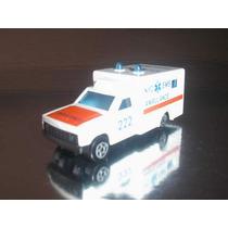 ( L - 110 ) Majorette - Ambulância