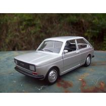 Miniatura Fiat 147 Lançamento Jornal Extra Personalizado
