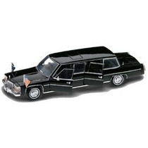 Cadillac Fleetwood Pres. Reagan 1983 Limousine 1/24 Yatming